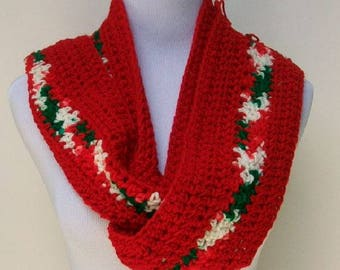 Crochet Scarf, Handmade Scarf, Christmas Holiday Scarf, Handmade Crochet Scarf, Red Scarf, Fringed Scarf, Crochet Neck Warmer ..