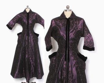 Vintage 50s Dressing GOWN / 1950s Flocked Velvet & Dark Purple Zip Front Hostess Dress