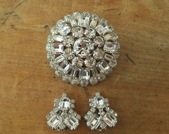 WEISS Large Crystal Rhinestone Brooch Earrings Set Earrings Signed