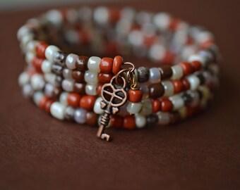 Antique Copper Memory Wire Bracelet, Skeleton Key Bracelet, Seed Bead Bracelet, Copper Bracelet, Wrap Bracelet
