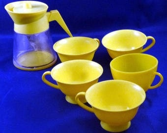 Vintage Aluminum Specialty Co. Coffee/Tea Pot and Cups Children's Pretend Play Toys, 1970s