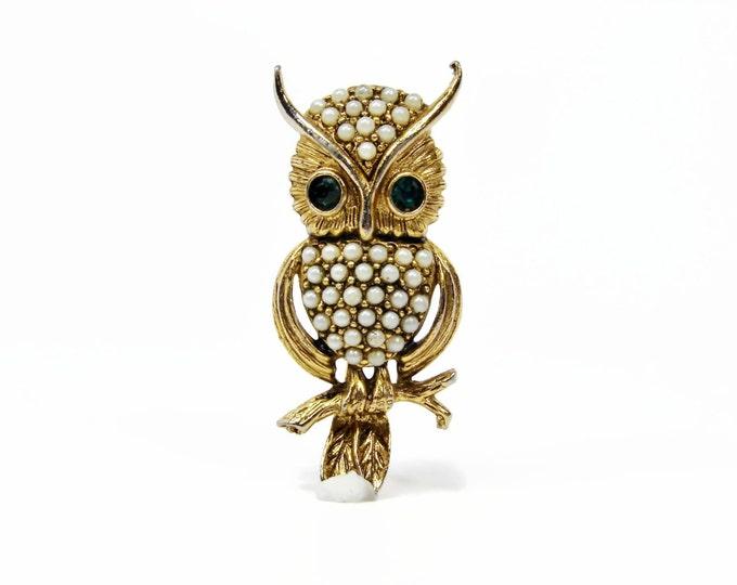 Vintage HOLLYCRAFT Pearl Owl Brooch