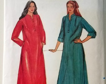 Vintage 1982 Butterick Women's Small Caftan Sewing Pattern #3392