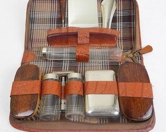 Original 1940s Vintage Mens Travel Grooming Kit