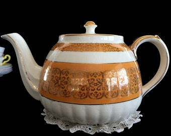 Sadler Teapot, Vintage Tea Pot, 1950s Porcelain, Pumpkin Colored Pot With Gold Finishes, Made in England