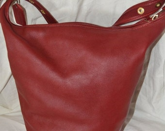 COACH Bag XXX Large Feed Bag Coach 9085  Largest One They  Make~RED Coach~Coach Bucket Bag Hang tag