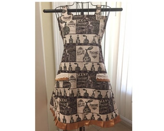 Sweet Perfume Full Ladies Apron Ready to ship