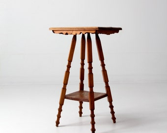 antique end table, splay leg occasional table