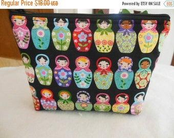 Sale-Large zipper cosmetic/accessor Pouch-Matryoshka Dolls