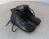 "VICTORIAN BABY SHOES Booties Black Leather and Soles 5 Eyelet Lace Ups 5"" x 2"" Child's Shoes Good Condition 1890-1910's"