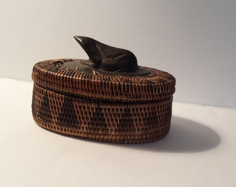 vintage coiled woven basket | Lombok Island basket with black frog finial lid | vintage ebony frog and woven wooden box | vintage black frog