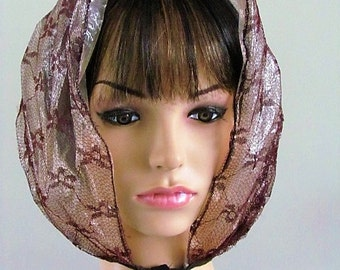 Pretty MIDCENTURY RAIN BONNET Dark Brown Floral Netting lined with Plastic  ( Low shipping to Canada & Usa )