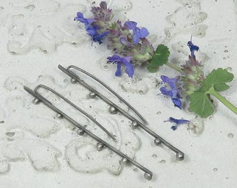 Silver bars with granules