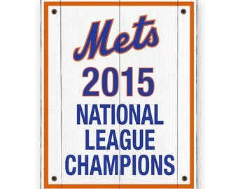 New York Mets - 2015 National League Champions Banner - Rustic weathered wood sign - Mets sports bar sign - Rustic distressed man cave decor