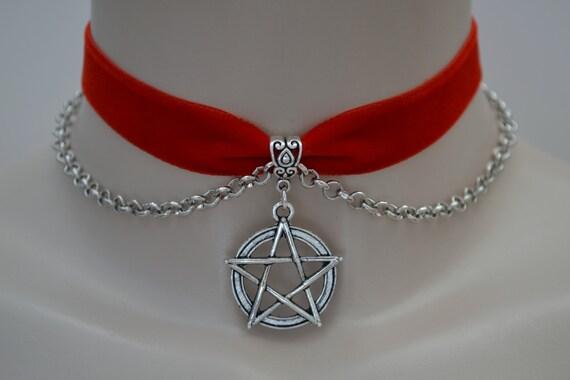 Tibetan Silver Large PENTAGRAM Pentacle Star Charm & Chain RED Velvet Ribbon Choker Necklace -sf... or choose another colour velvet :)
