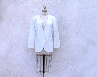 COAT SALE White Leather Jacket, 80s V Neck Blazer