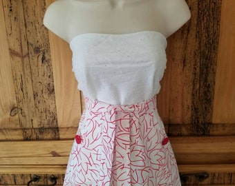 Scalloped Half Apron Red White Tulip Vintage Style 1945