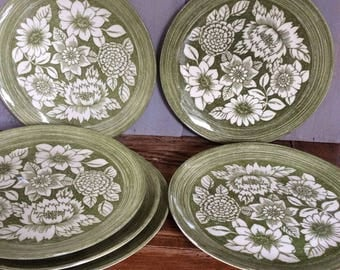 Vintage Mount Clemens Dinner Plate Set / Ironstone Plates / White Floral Plate/ Green Floral Plate Set / Retro Mod Floral Plates