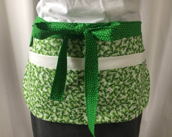 St Patricks Day Utility Apron/Teacher Apron with 8 pockets and loop in green white clover polka dots