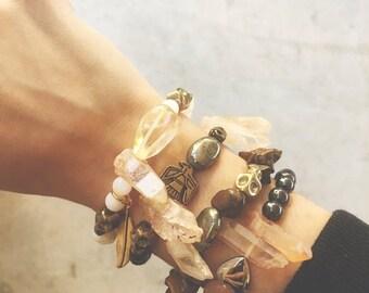 2 0 1 7 SALE // 50% OFF The Wanderer Bracelet // Hematite + Dusty Peach Quartz // Jewelry // XS~S