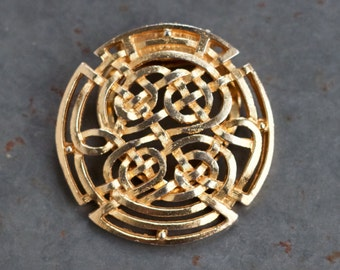 Golden Scarf Clip - Celtic Knots Filigree