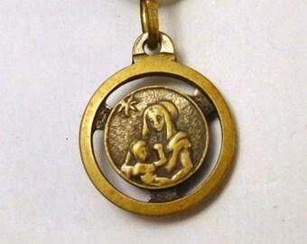 Vintage Terra Catacombe Roma Relic - Catholic Medal - Mary Jesus - Religious - Italy