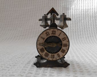 Playme Novelty Pencil Sharpener Clock Vintage Spanish metal novelty
