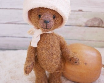 artist collectible teddy bear, IrisBears, mohair bear, OOAK bear, 7.4 inches