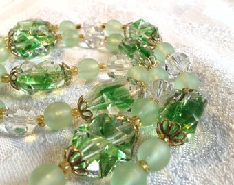 Vintage Art Deco Green Uranium Glass Bead Necklace.