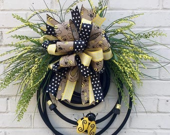 Bumble Bee Water Hose Wreath, Water Hose Wreath, Bumblebee Wreath, Summer Wreath
