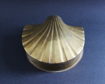 large brass sea shell box with hinged lid