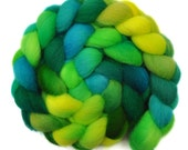 Hand Dyed roving - Cheviot wool spinning fiber - 4.0 ounces - Greening Trees 1