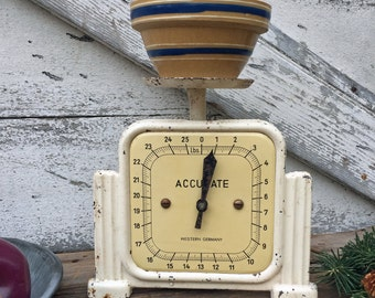 Vintage Accurate Scale - Western Germany - White - 25 lb - Chippy Paint