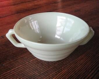 Hazel Atlas Soup Bowl w Handles Jade Green Jadeite Moderntone Platonite 1940s