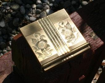 Compact Gold Volupte Vintage Powder