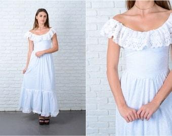 Vintage 70s White Boho Dress Blue Lace Full Prairie XS 9057 vintage dress 70s dress lace dress full dress prairie dress xs dress