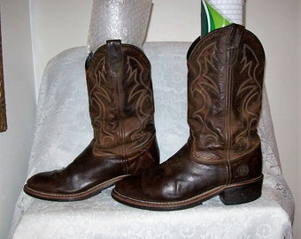 Vintage Men's Brown Leather Cowboy Boots by Double H Size 9 E Only 22 USD