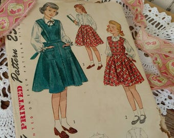 Darling Vintage Young Ladies Pinafore Pattern - Retro Simplicity Back to School Sewing Pattern, Size 10, School Jumper Pattern, Sewing Arts