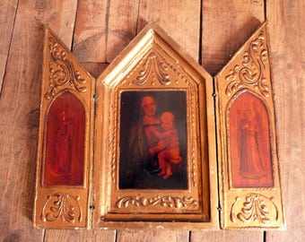 Antique Italian Florentine triptych madonna and child Jesus travel icon gilded devotional religious triptych w Holy virgin Mary, archangels