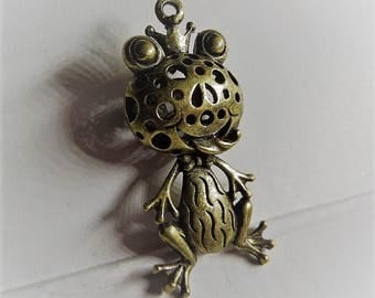 50mm*22MM 1CT. Brass Frog Pendant, Y62
