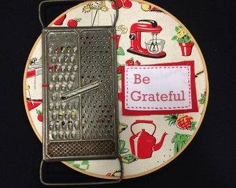 Be grateful upcycled hoop art