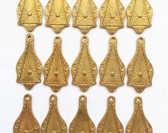 Brass Tear Drops, 15 Piece, Earring Drops, Brass Pendants, Vintage Jewelry Supplies, Patina Brass, 30 x 14mm, B'sue Boutiques, Item02837