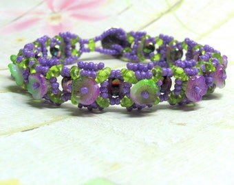 Purple Flower Beaded Bracelet, Seed Bead Bracelet, Flower Bracelet, Spring Bracelet, Bead Woven Bracelet, FlowerJewelry, Mother's Day