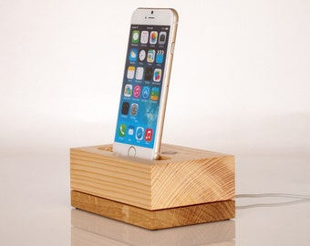 Wooden iPhone charging station / iPod touch Dock / iPhone 6s dock / iPhone 6s+ dock / iPhone 7+ dock