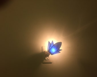 Rotating Stained glass night light- (Blue)