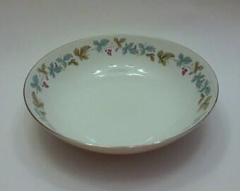 MIS Fine China of Japan Round Serving Bowl Grape Vine Pattern Vintage