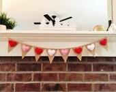 Valentines Day Decor - Mini Felt Heart Banner - Valentine Banner - Valentine Garland - Valentine Photo Prop - Mini Banner - Heart Bunting