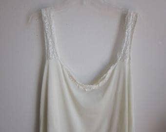 Vintage Ivory NYLON FULL SLIP nightgown Plus size lingerie sz 64 bust - 5X