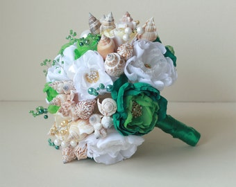 Seashells Bouquet. Emerald, Gold and White Beach Wedding Bouquet. Beach wedding bouquet. Beach wedding accessories