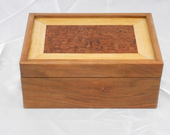 Luxury jewelry box with marquetry lid